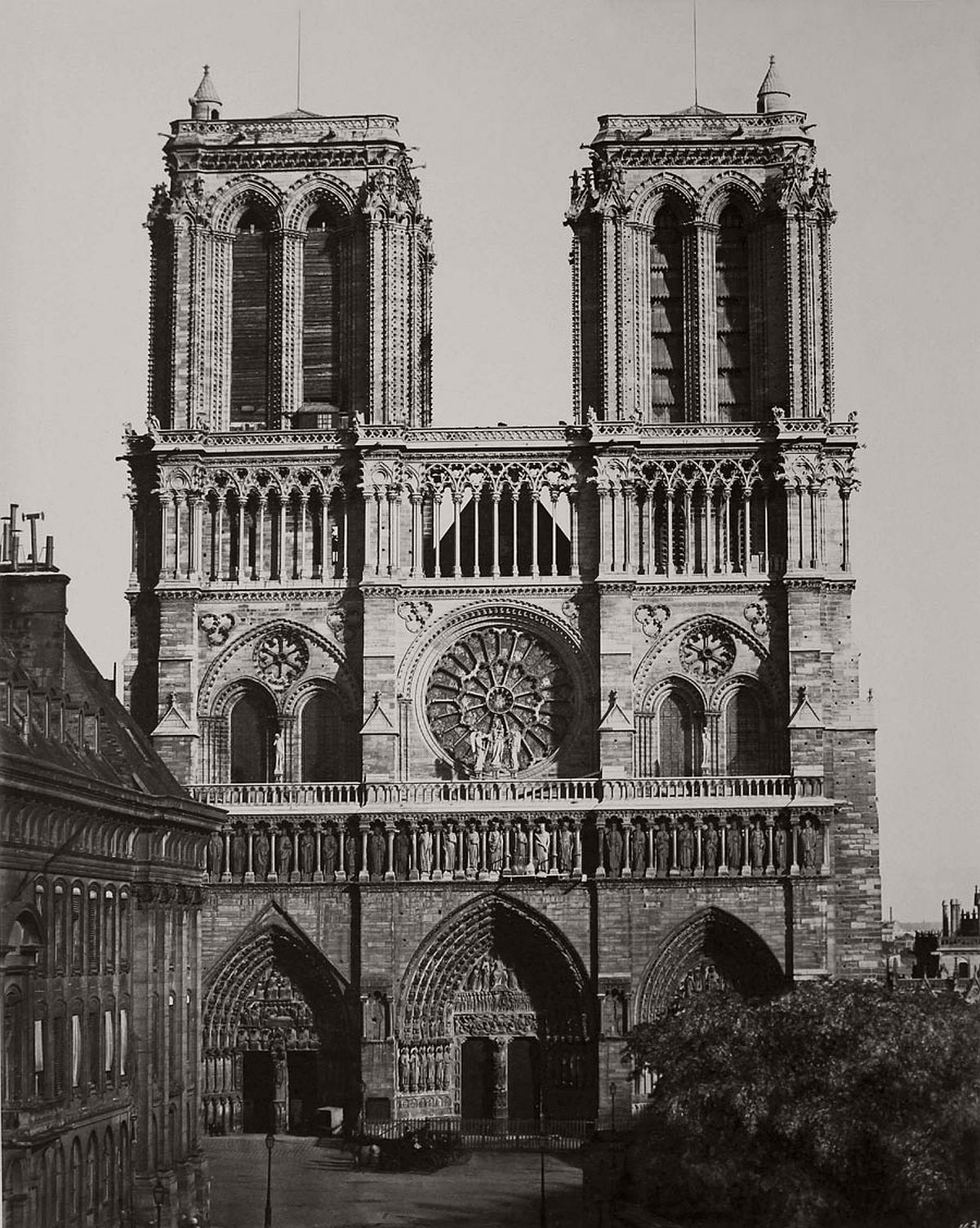 Edouard Baldus Notre Dame, Facade Principale, Paris 1857