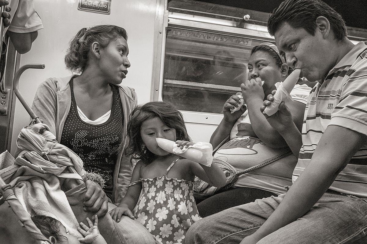 Line 8 near La Viga, Mexico City, 2014 © Stan Raucher