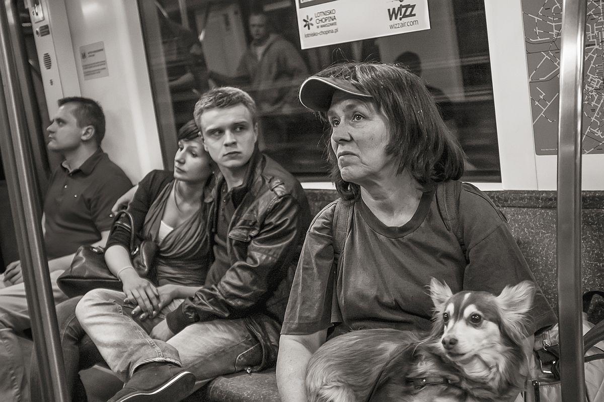 Metro 1 near Swietokrzyska, Warsaw, 2011 © Stan Raucher