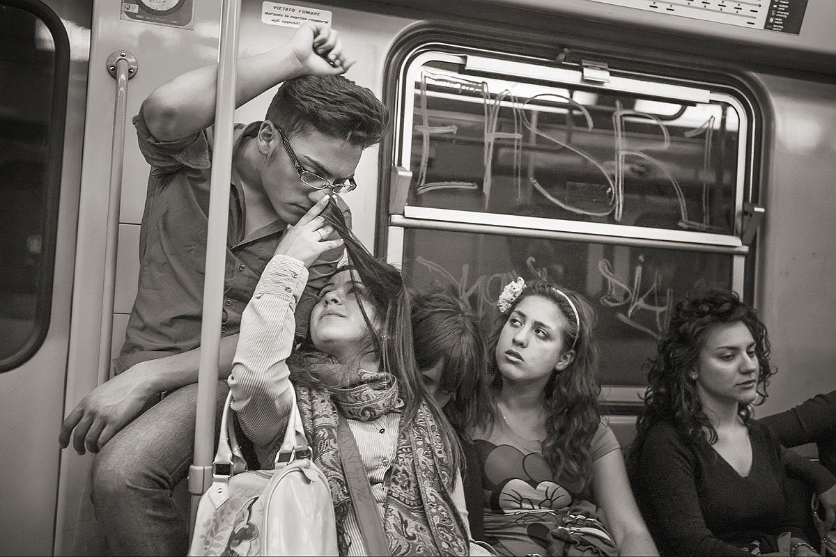 Line 1 near Museo, Naples, 2011 © Stan Raucher