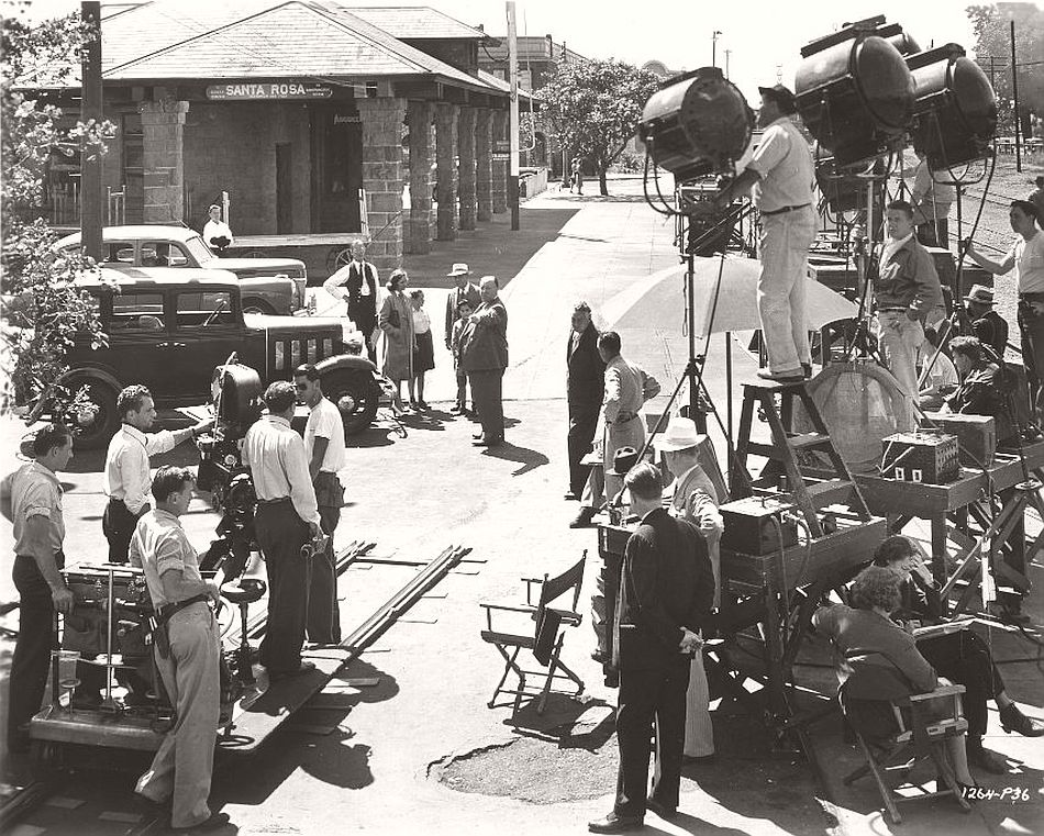 Scouting for an ideal smalltown American location led Hitchcock to Santa Rosa, California for Shadow of a Doubt (1943). Unfortunately, the residents were so pleased that their town was picked to feature in the director's film that they repainted all the houses, which the film crew duly had to re-age to make the town look authentic again.