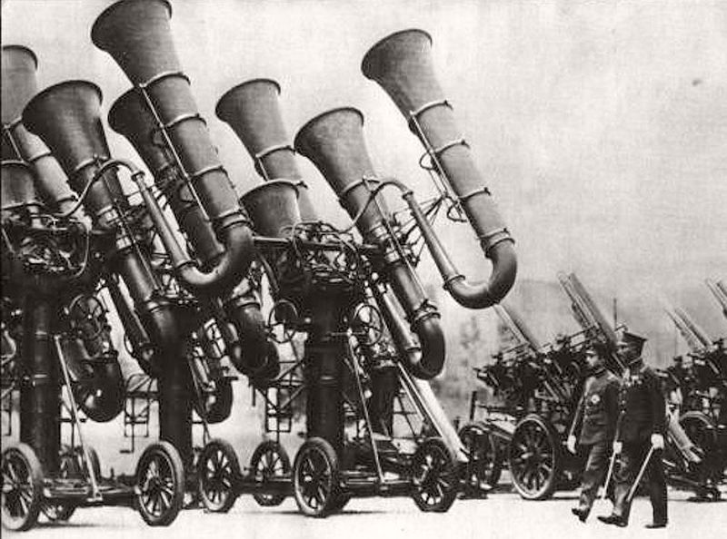 Gigantic trumpet-like Japanese electric ears for detecting enemy planes, 1936