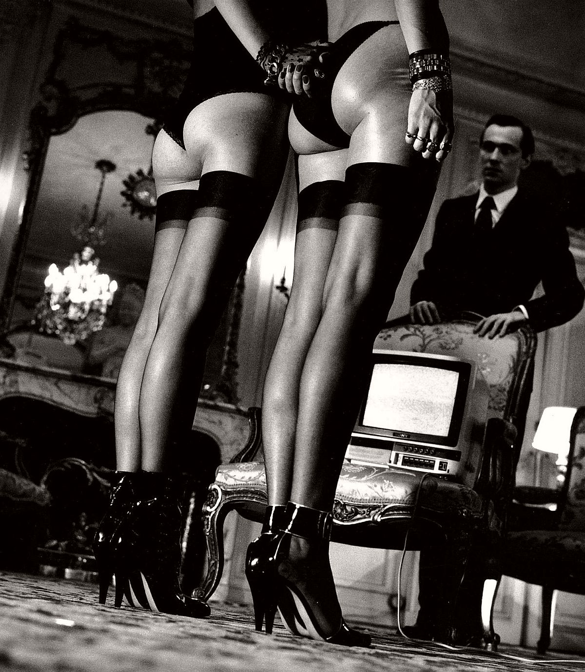 Two Pairs of Legs in bluch Stockings, Paris, 1979, signé