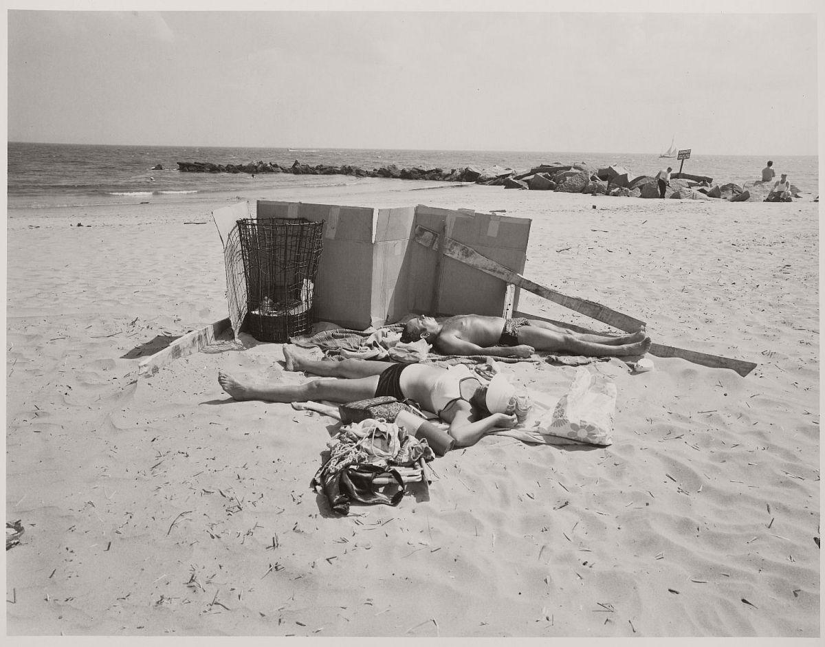 Coney Island, New York (1960s) © Stephen Salmieri