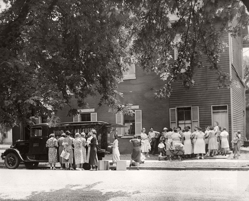 The Library's bookmobile in Sharonville, 1938