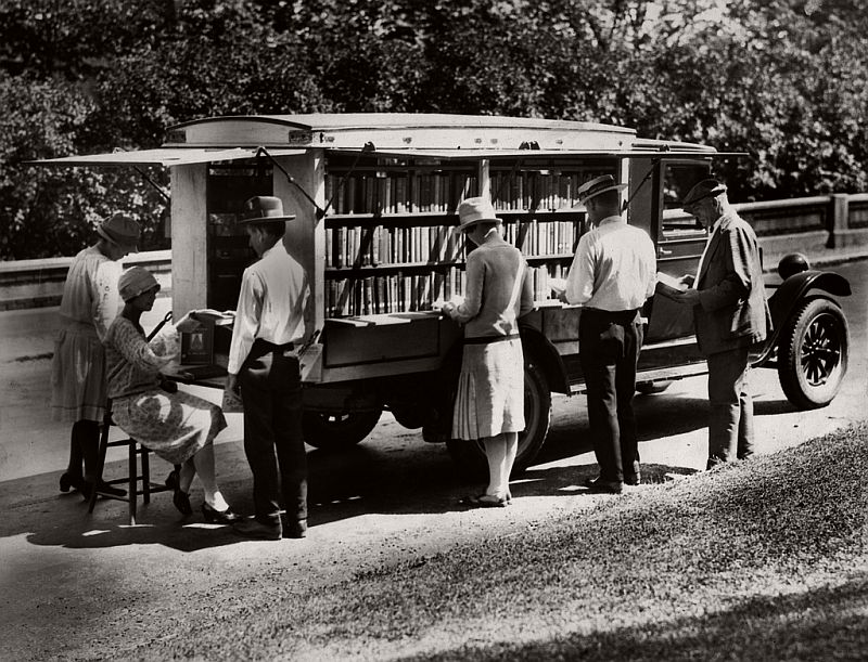 The library's first bookmobile, 1927