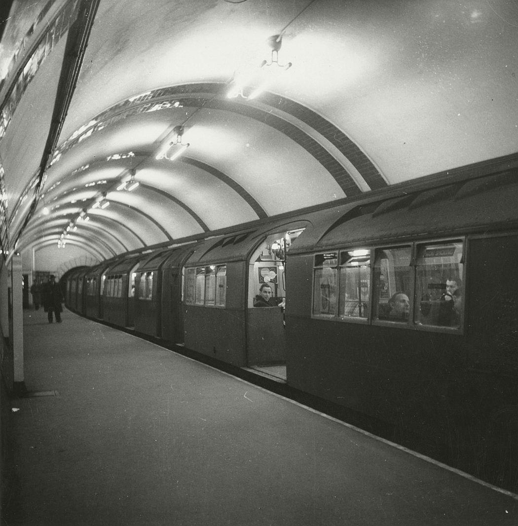 Tube train at Picadilly Circus, 1952.