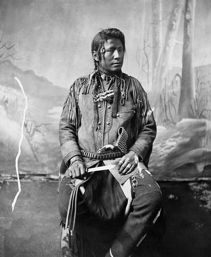 Blackfoot man with knife, ca. 1885-94