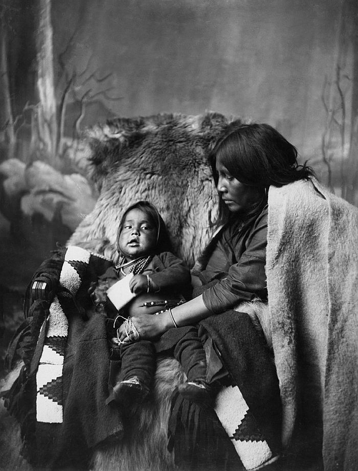 Blackfoot woman and child in the late 1880s