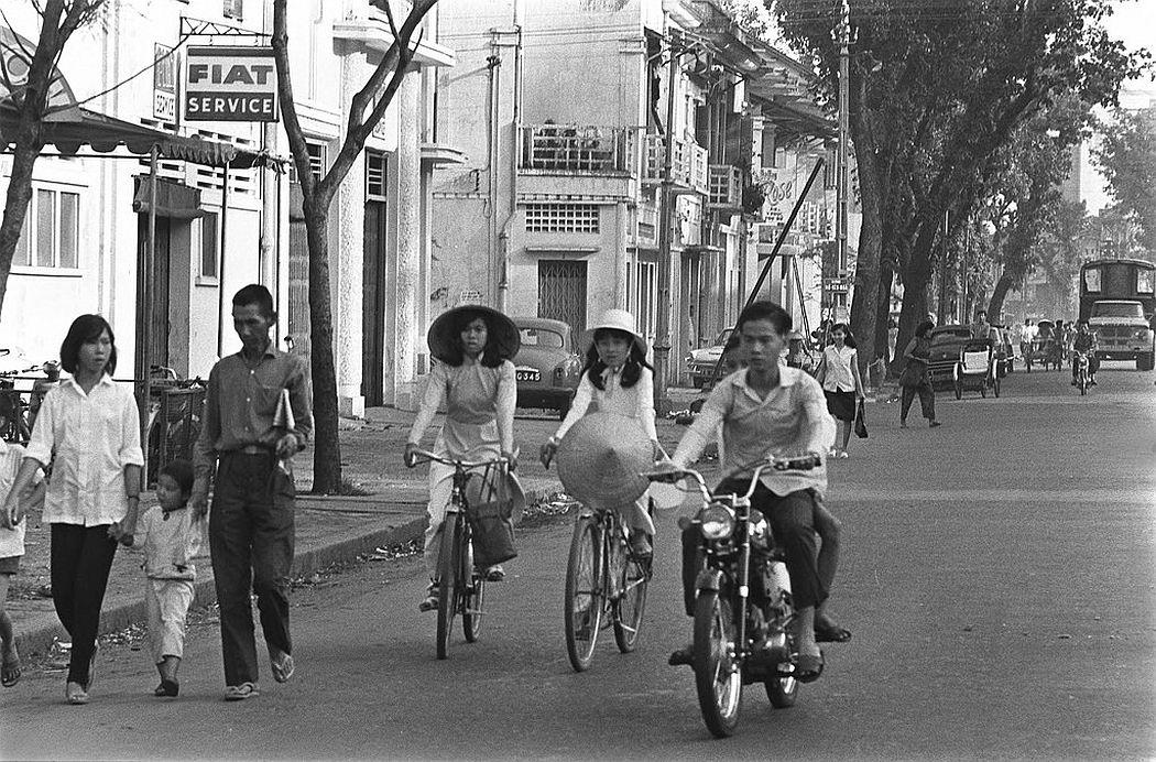 Ho Van Nga Street (now Le Thi Hong Gam), Saigon, 1967