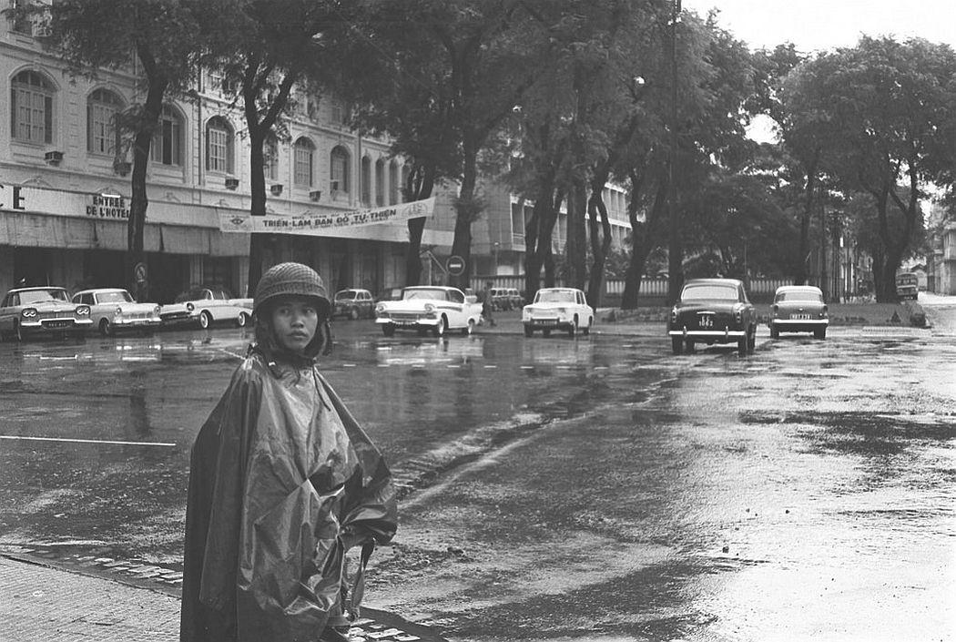 Saigon air drill - State of emergency, Saigon, August 1964