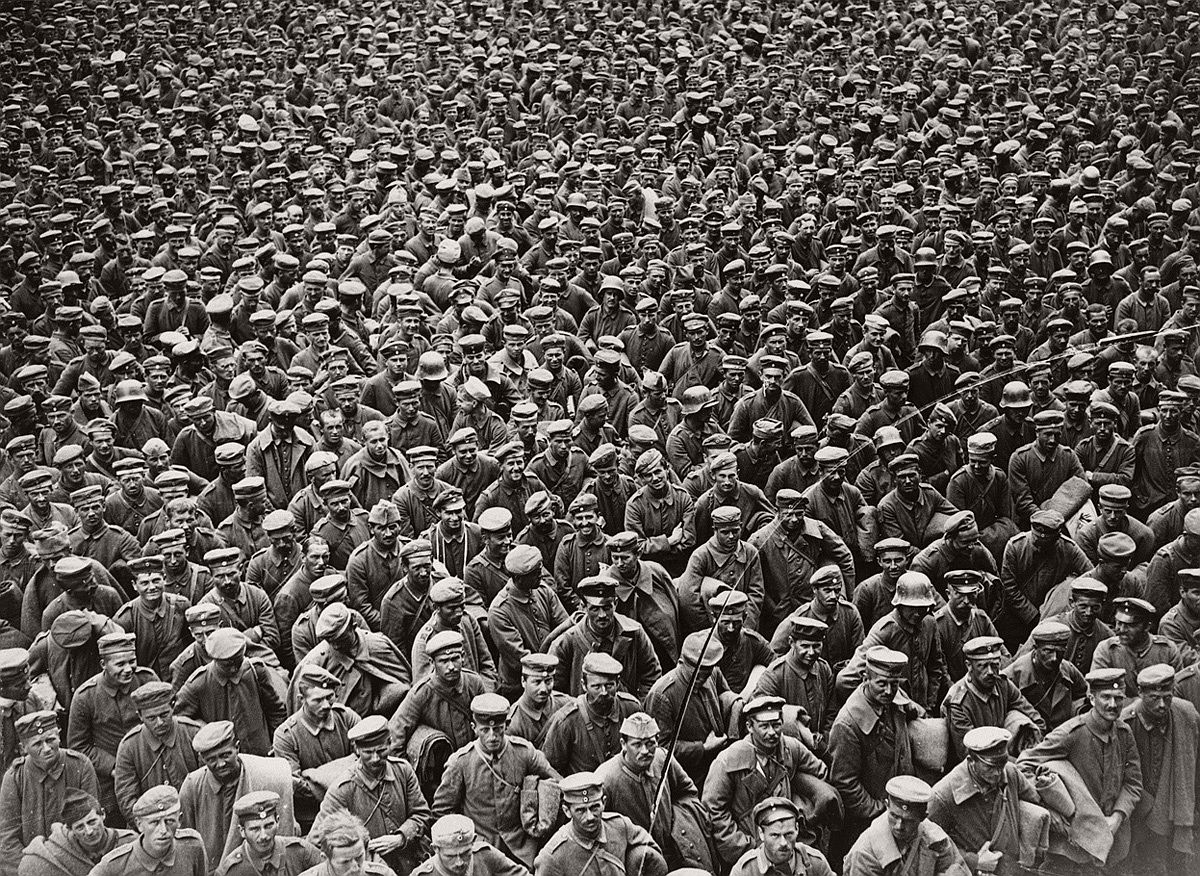 Massed German prisoners in France, probably taken after the Allied advance of August 1918. # National Library of Scotland