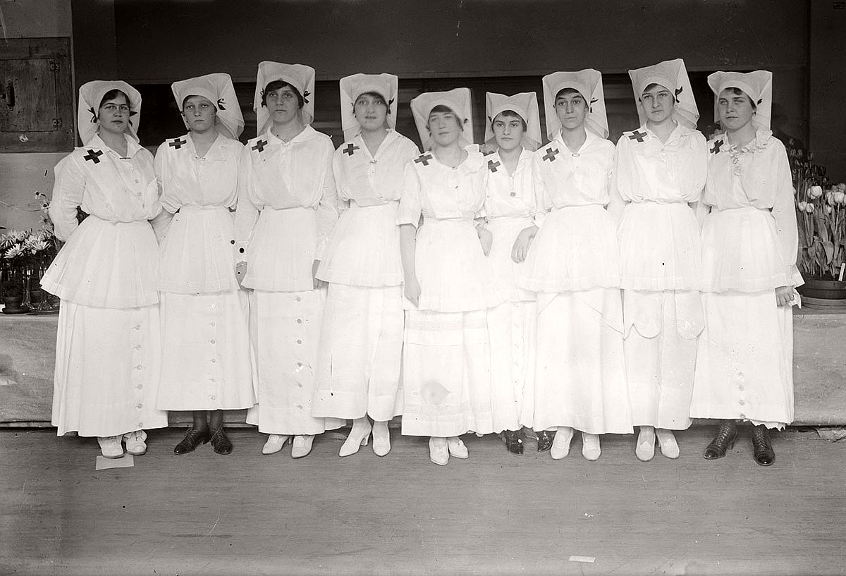 Red Cross volunteers Alice Borden, Helen Campbell, Edith McHieble, Maude Fisher, Kath Hoagland, Frances Riker, Marion Penny, Fredericka Bull, and Edith Farr. # Library of Congress