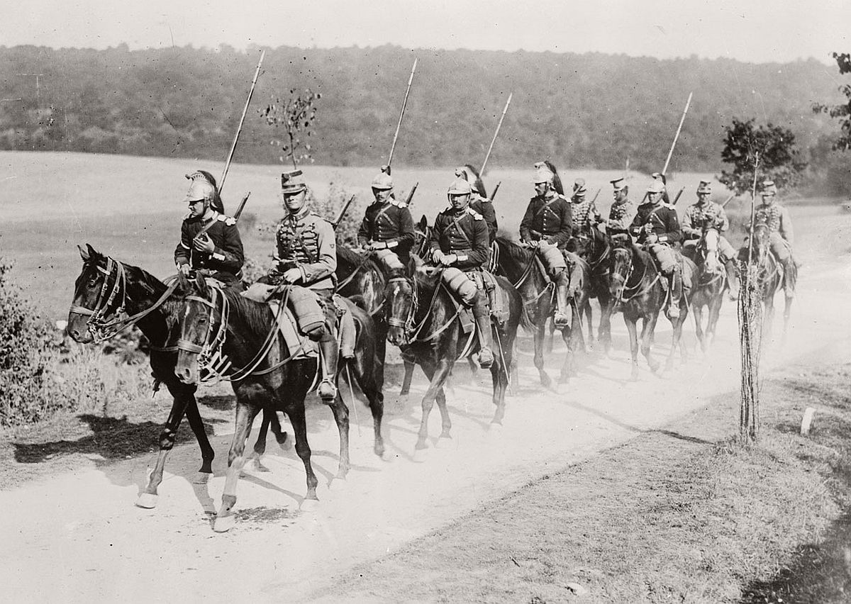 French dragoon and chasseur soldiers at the beginning of World War One. # Library of Congress