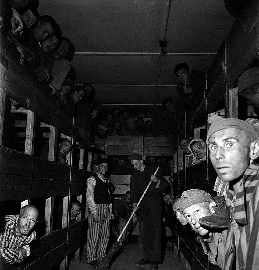 Lee Miller, Liberated Prisoners in Their Bunks Dachau-Germany, 1945, © Lee Miller Archives