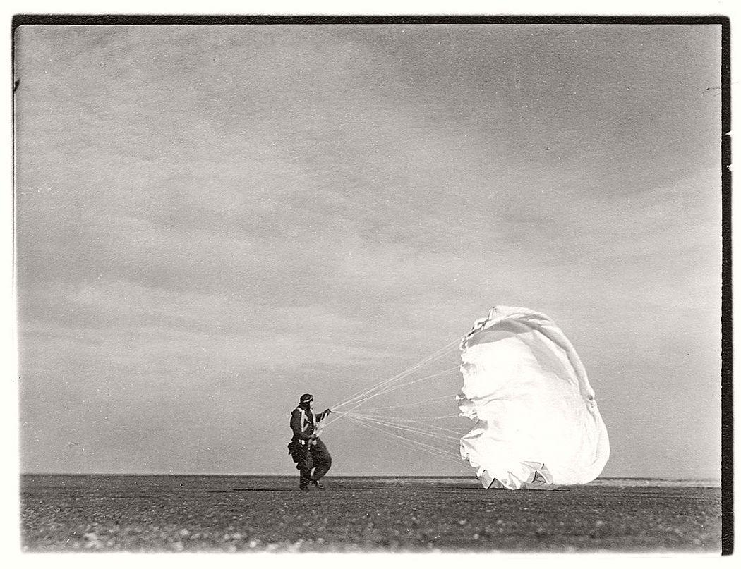 Margaret Bourke-White  Untitled #44 (Twenty Parachutes), 1937