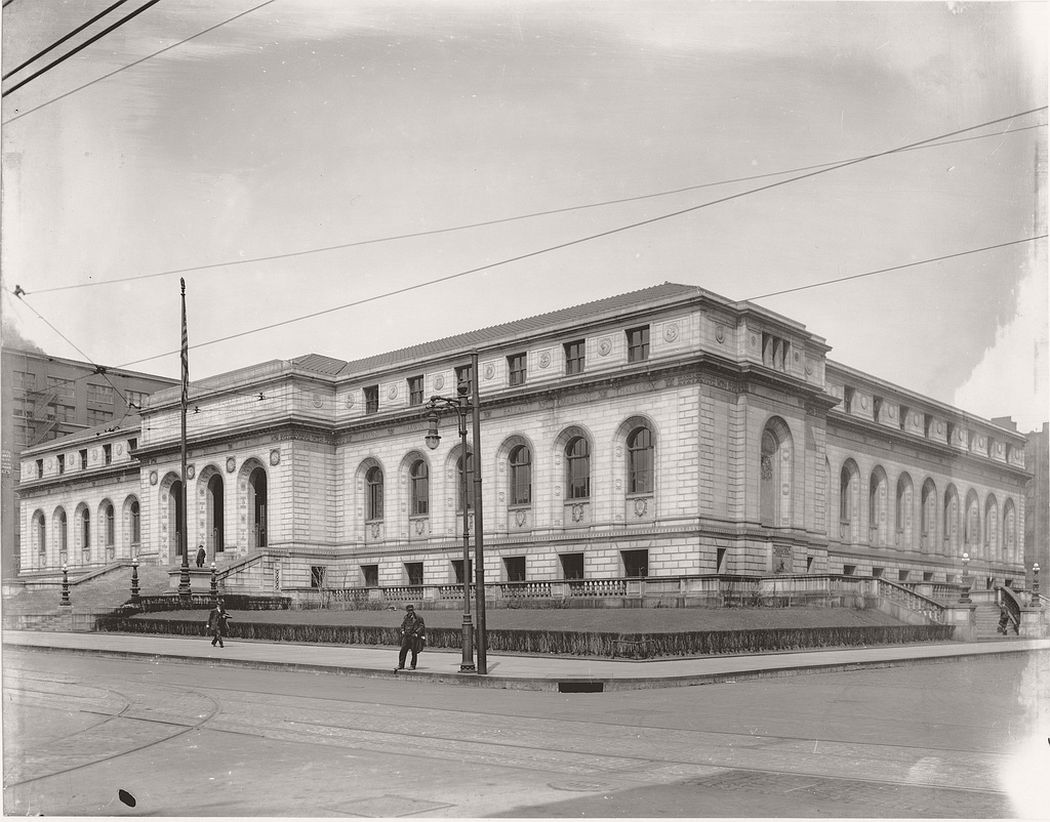 St. Louis Public Library at 1301 Olive Street, ca. 1910