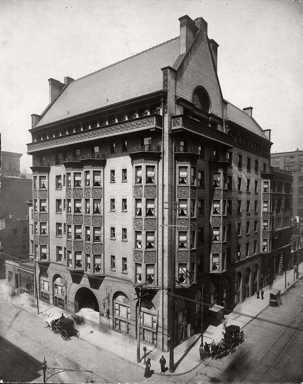 St. Nicholas Hotel, 407 North Eighth Street (northwest corner of Eighth and Locust Streets, also known as the Victoria Building), 1905