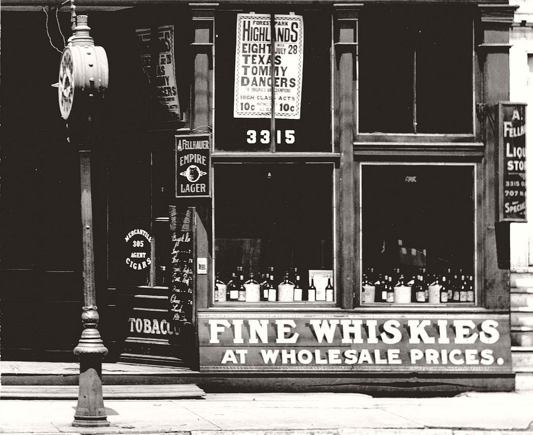 Store front windows for Fellhauer Brothers (August and Martin) Saloon at 3315 Olive Street, 1907