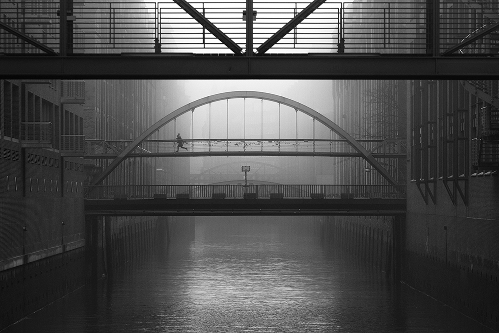 Cityscape 1ST PLACE WINNER (amateur) 1ST PLACE WINNER Alexander Schönberg, urban melancholy