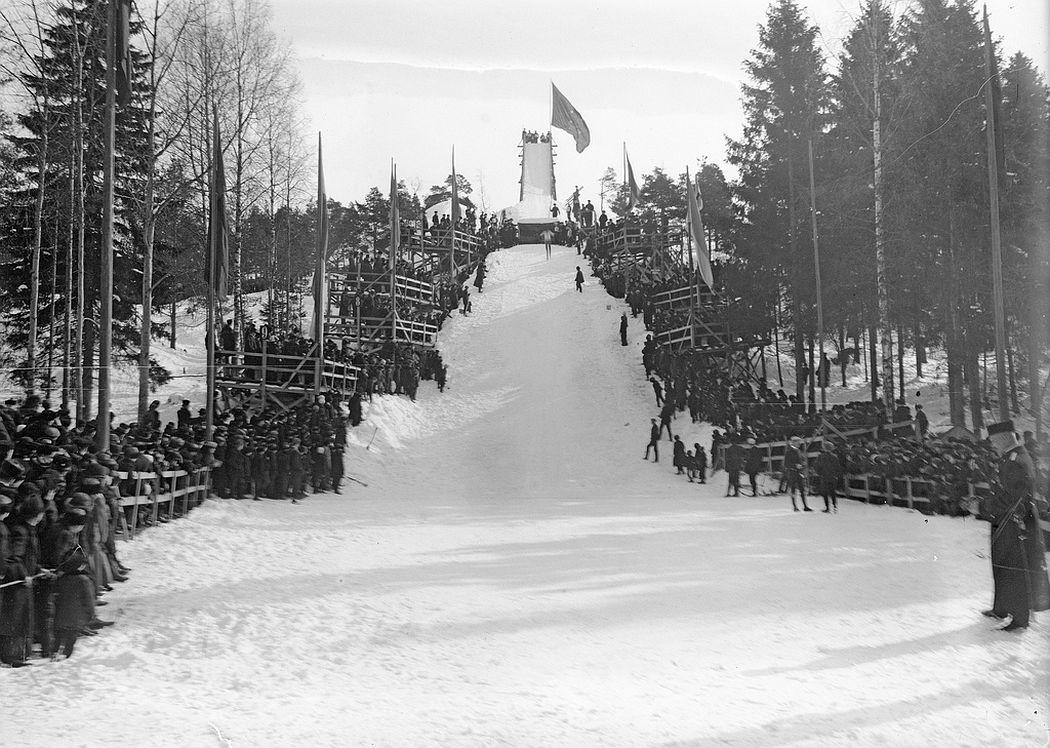 Ski jumping in Alppila, Helsinki
