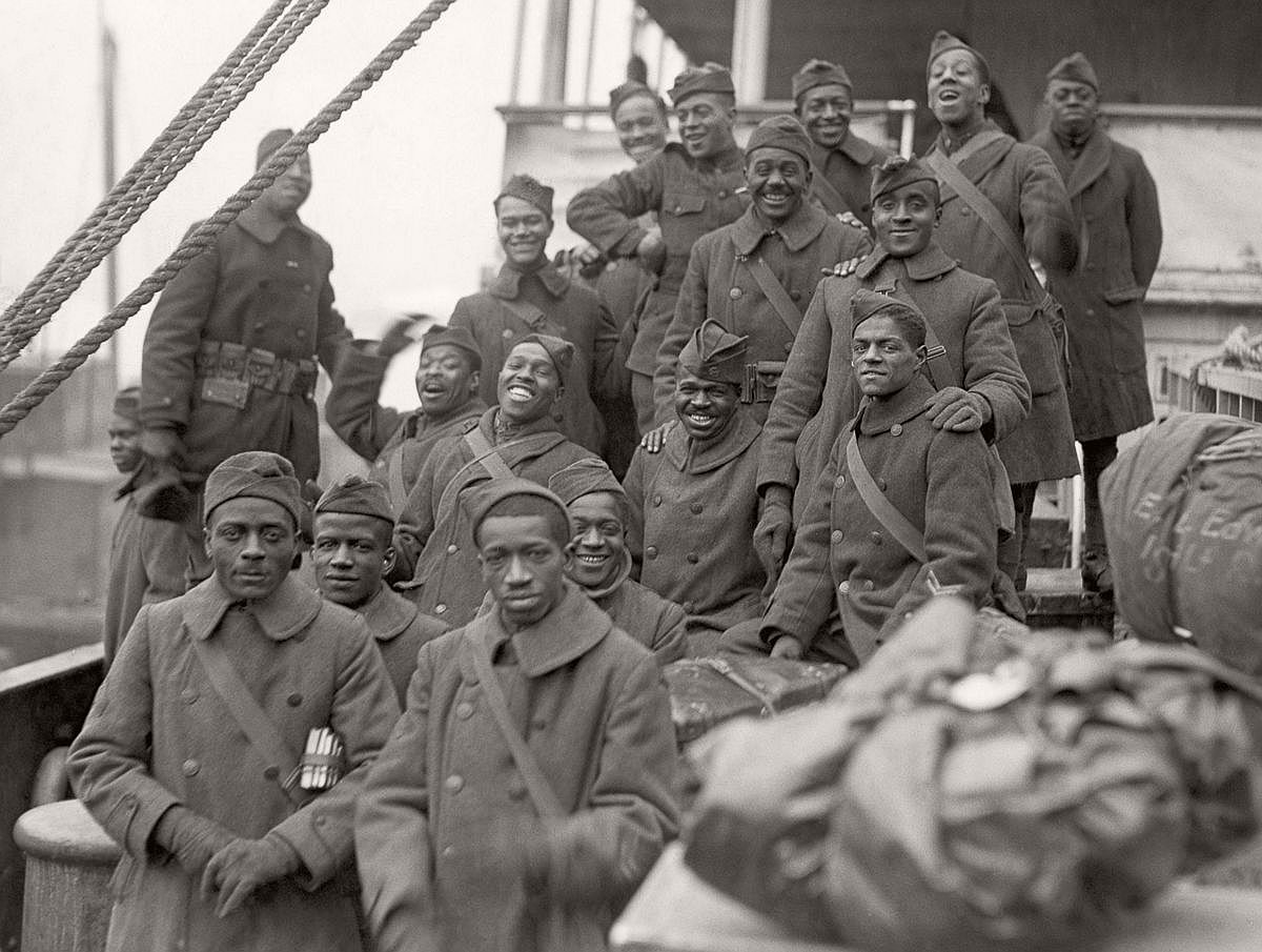 Members of the 369th arrive back in New York, 1919. (Corbis)