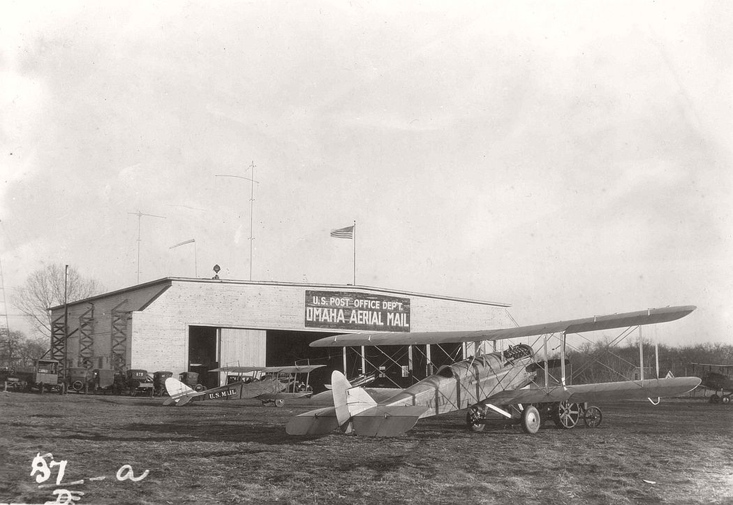 Airmail planes at Omaha, Nebraska, 1920