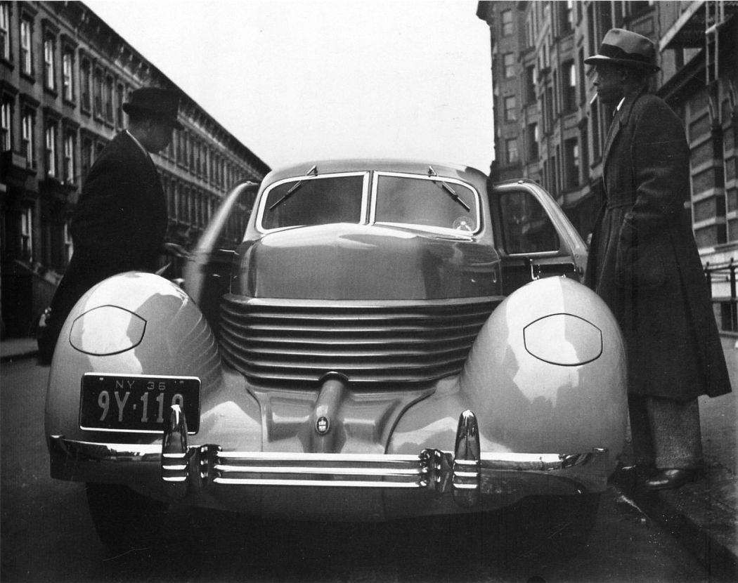 Cord in Harlem, NY, 1936