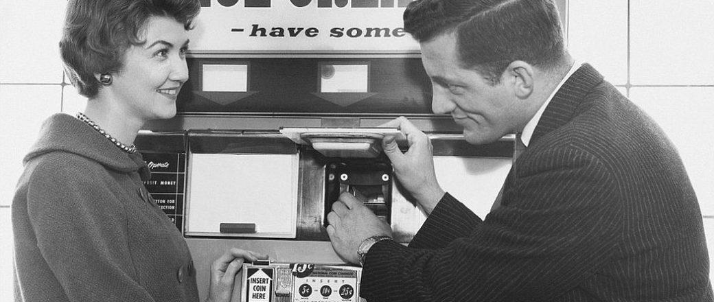 Vintage: Vending Machines (1920s-1960s)