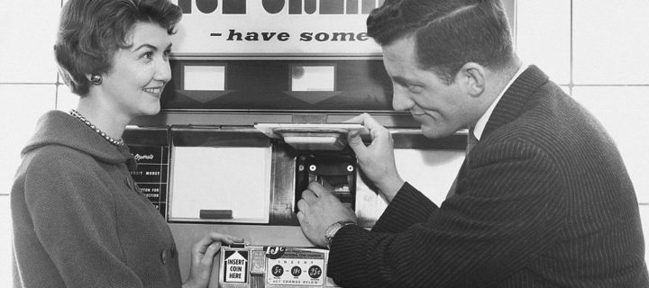 Vintage: Vending Machines (1920s-1960s)