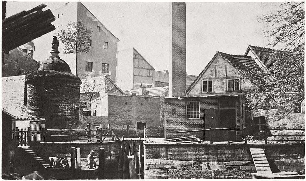 "Leopold Ahrendts  Fortification Tower ""Wusterhausischer Bär"", around 1855"