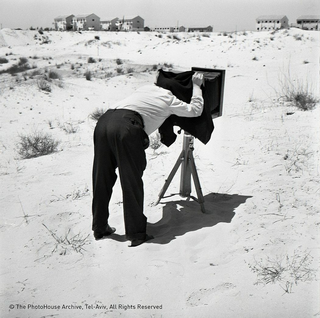 Rudi Weissenstein  a photographer on the dunes, 1962