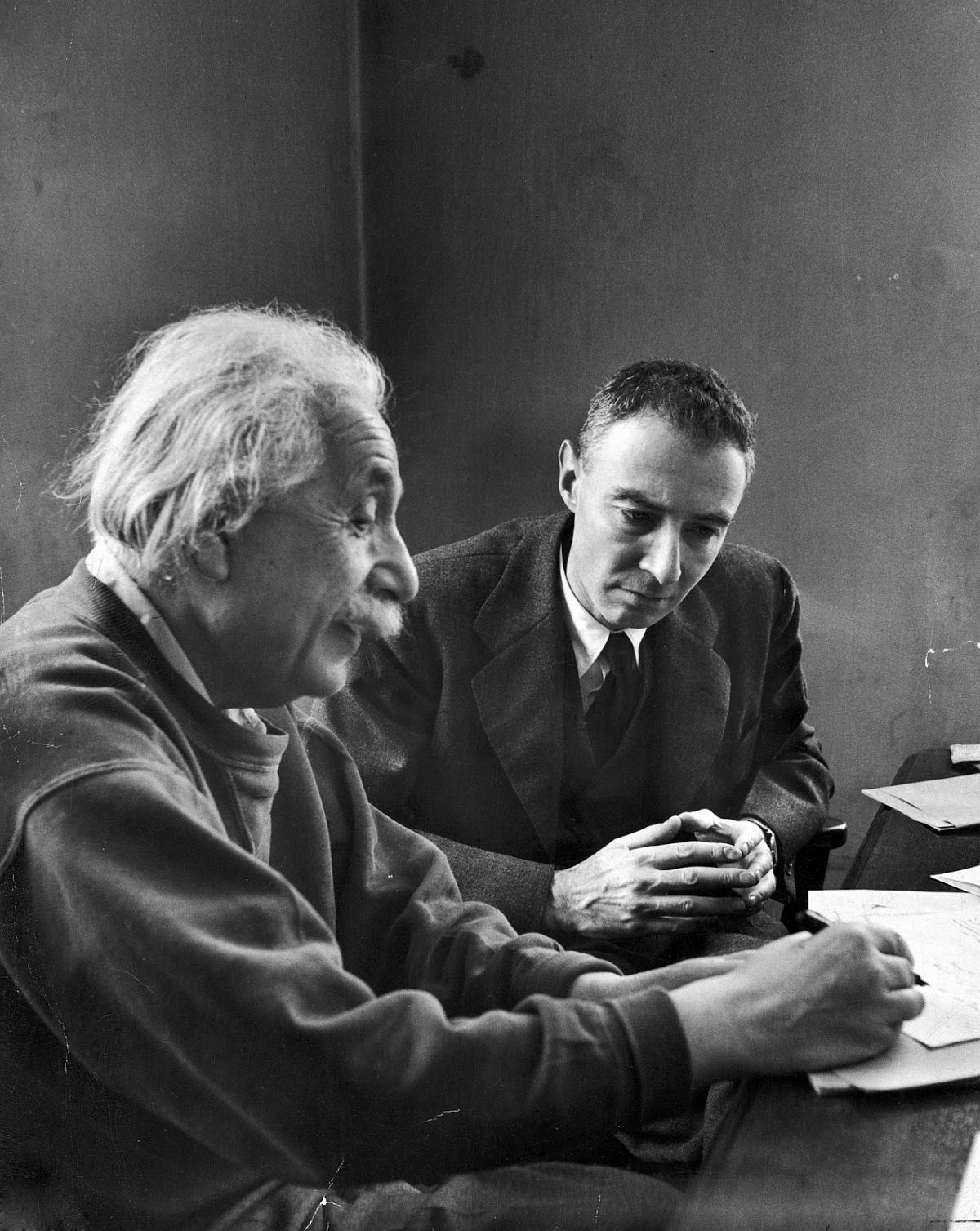 Einstein tells Robert Oppenheimer about his newest attempts to explain matter in terms of space. (Alfred Eisenstaedt—The LIFE Picture Collection/Getty Images)