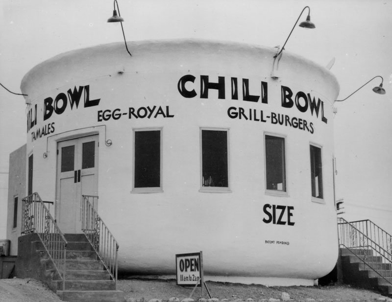 This was one of six Chili Bowl restaurants, in the shape of an actual bowl. This one was located at 3012 Crenshaw Blvd.