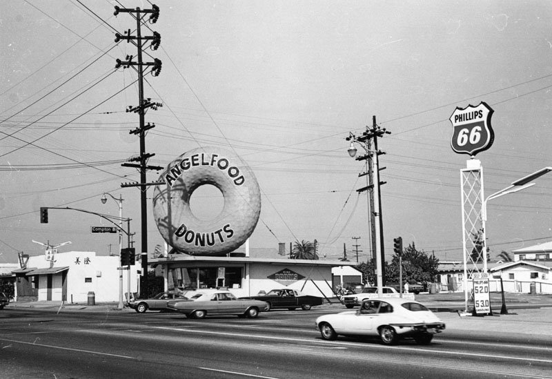 Angel Food Donuts shop had a giant donut on top of roof. It was located at Western Ave. and Compton Blvd. in Gardena, and this photo was taken in October 1974.