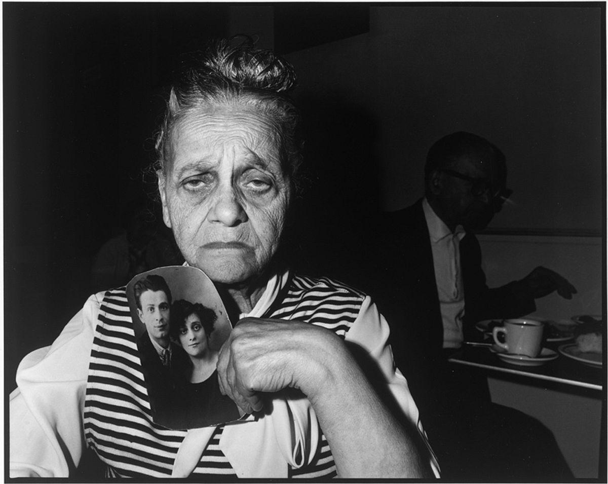 Bessie Gakaubowicz, Garden Cafeteria, New York, 1973‐1976 © Bruce Davidson / Magnum Photos