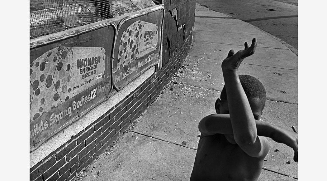 Wonder Bread, Dorchester, Massachusetts, 1975. Gelatin silver print. Collection of Eugene Richards. © Eugene Richards