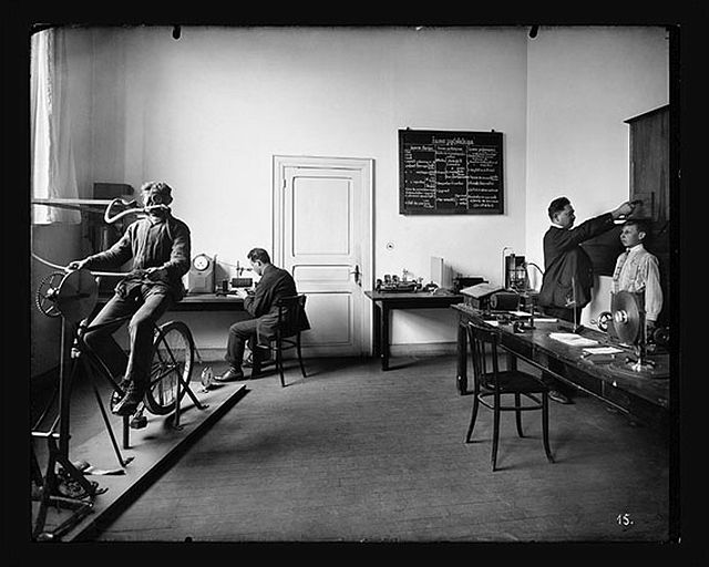 The Institut Emile Metz The psycho-technical laboratory. Around 1922 © CNA, Collection Institut Emile Metz