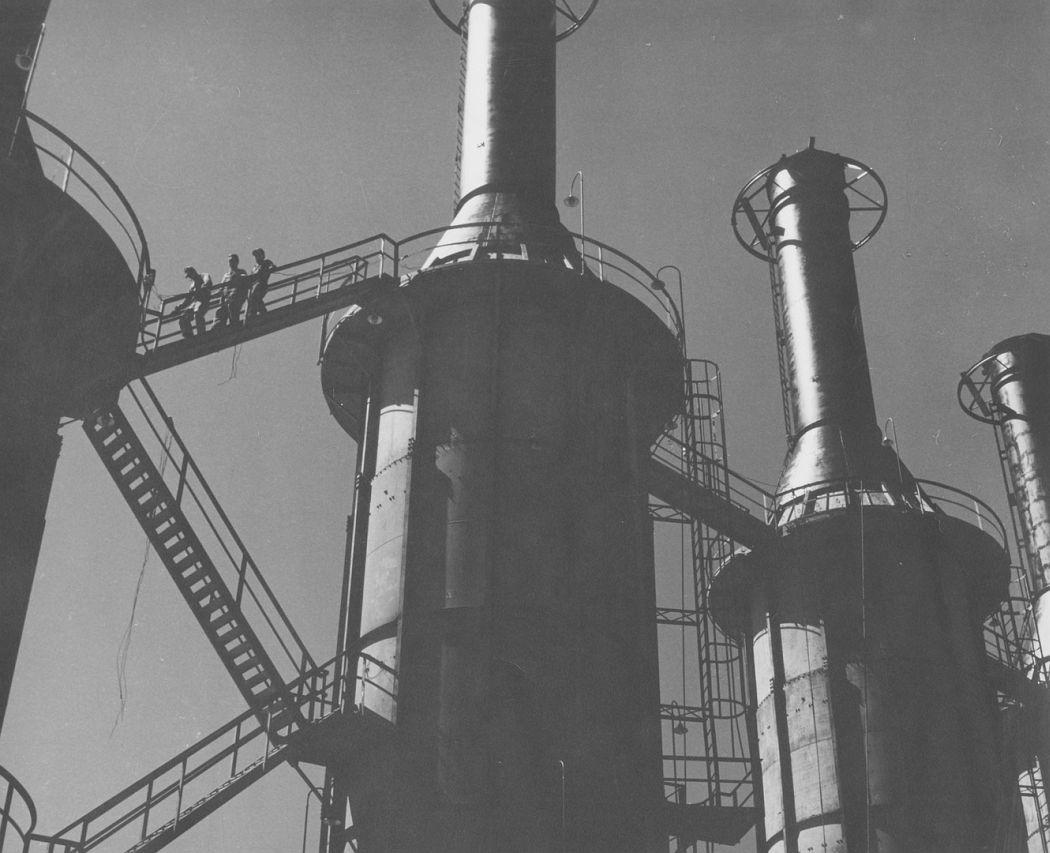 Refinery, 1953