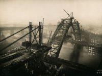 Vintage: Building the Tyne Bridge (1927 to 1929)