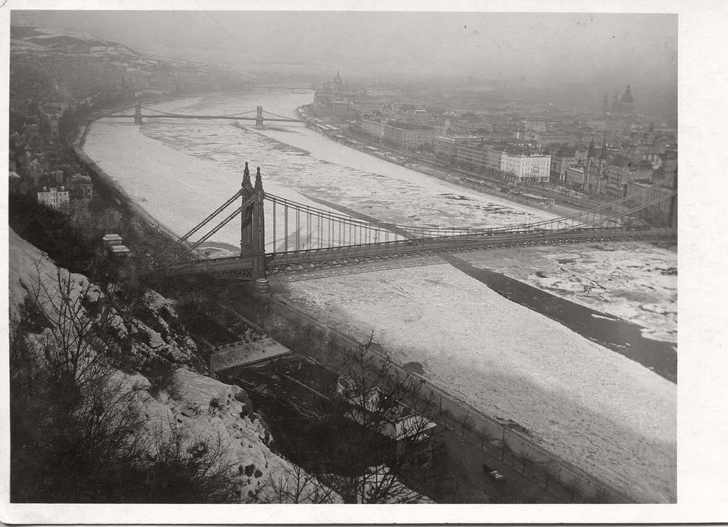 Elisabeth Bridge taken from Gellért Hill. Chain Bridge and Margaret Bridge in the background, ca. 1920s