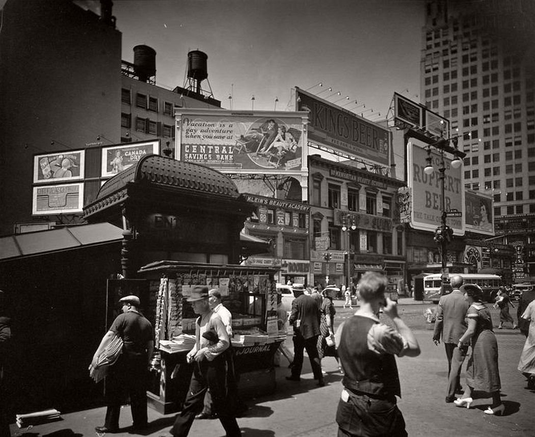 Union Square, 14th Street and Broadway, Manhattan, 1936