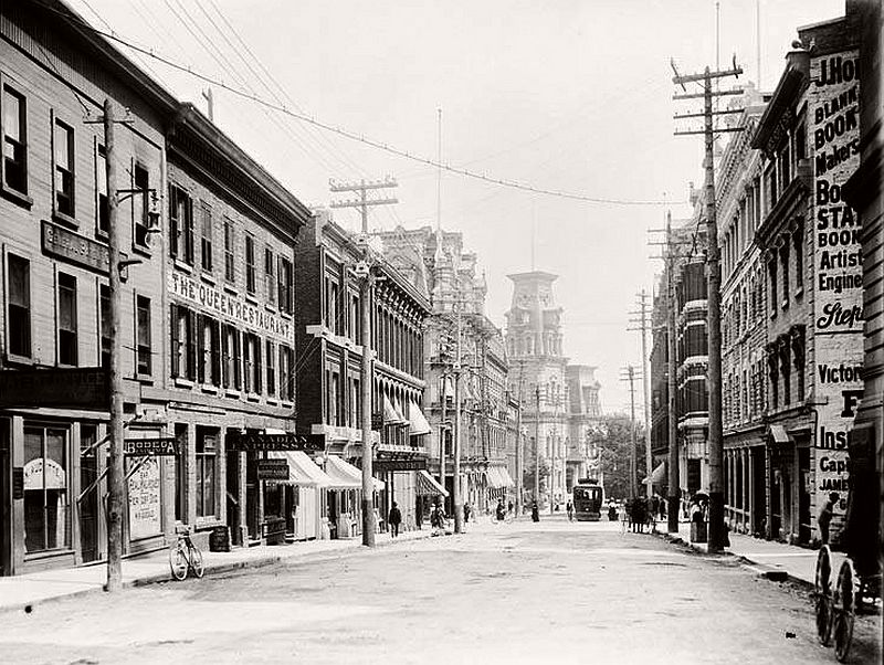 Elgin St. from Wellington with the City Hall on the left background, ca. 1890s