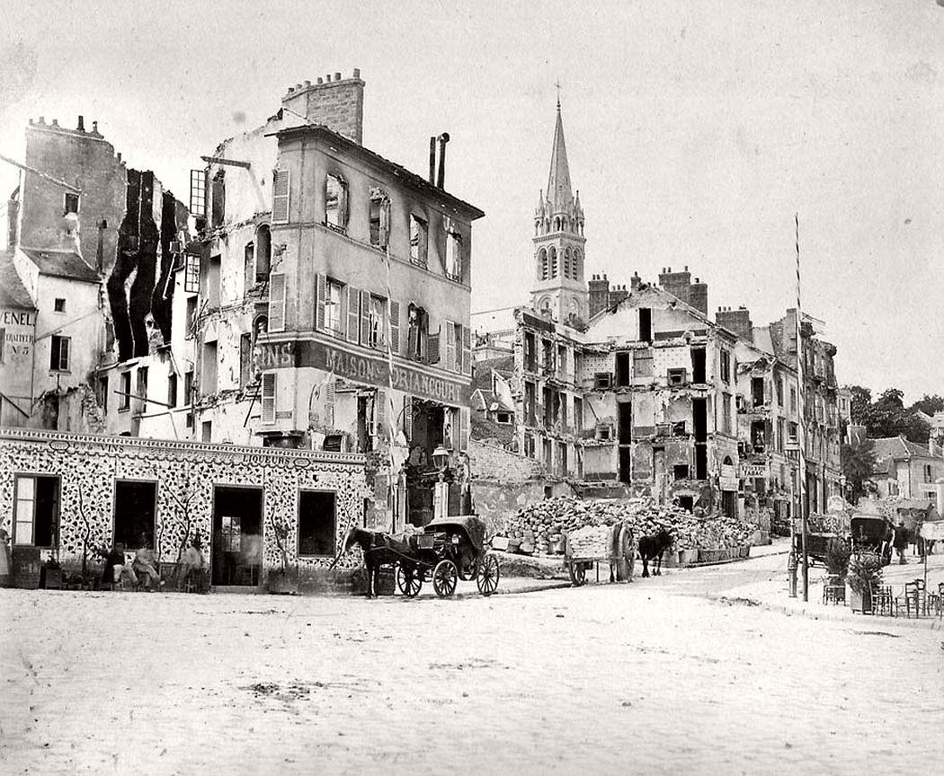 St. Cloud. La place. Tiré de: Paris, 1871.