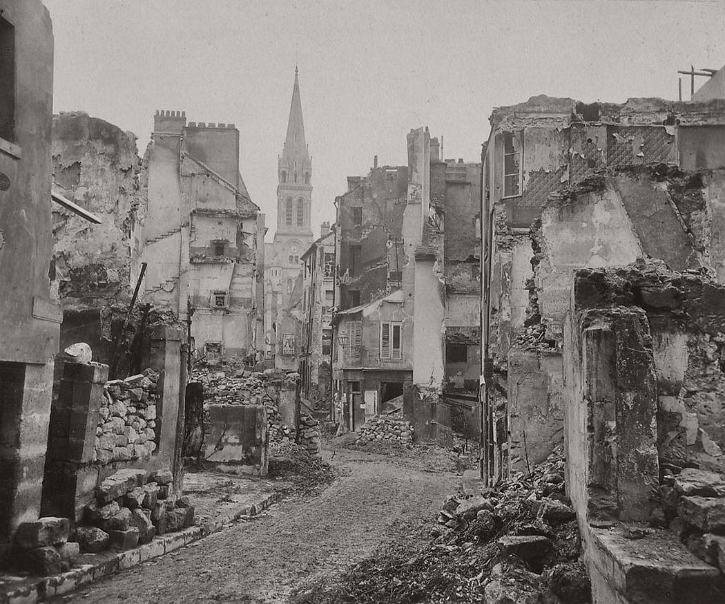 St. Cloud, rue de l'Eglise. Paris, 1871.