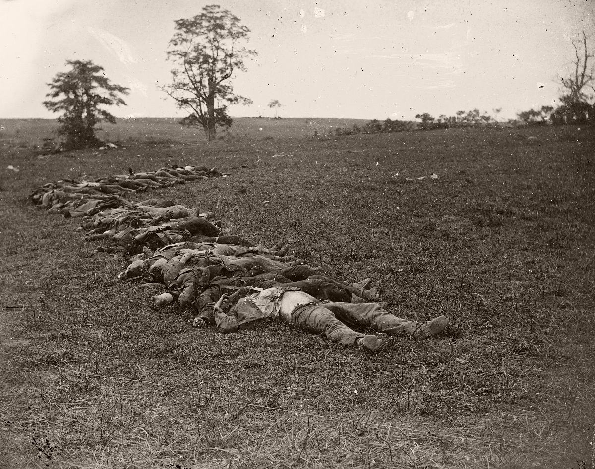 Confederate dead at Antietam 1862
