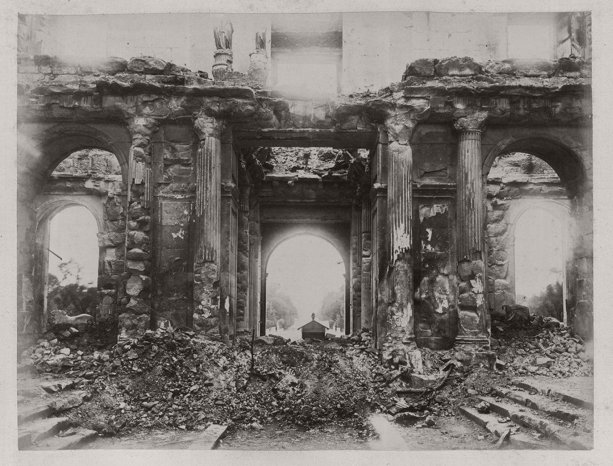Tuileries Palace; Main Hall, Garden Side. 1871.