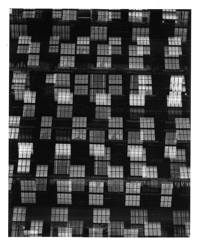 Chicago (1948) copyright Harry Callahan/respective copyright holders