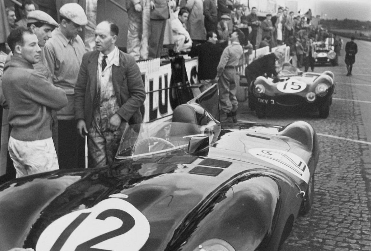 Stirling Moss, Jaguar Pits, 1954.