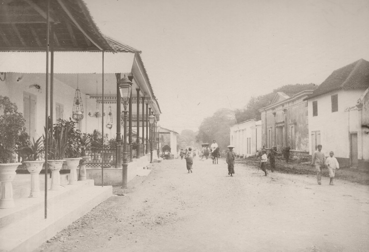 Street at Yogyakarta, circa 1890